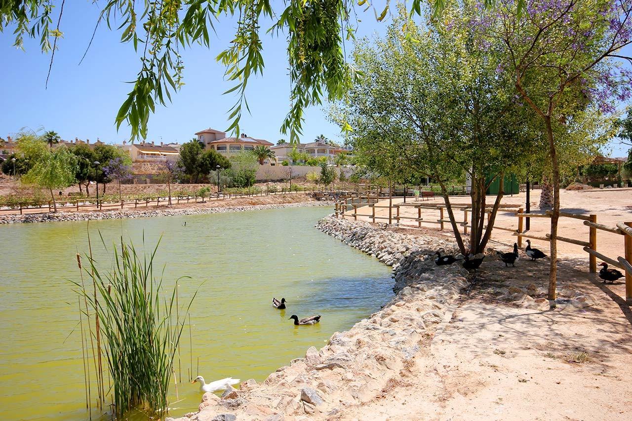 Фотогалерея Вилла в Сьюдад Кесада, 3+1