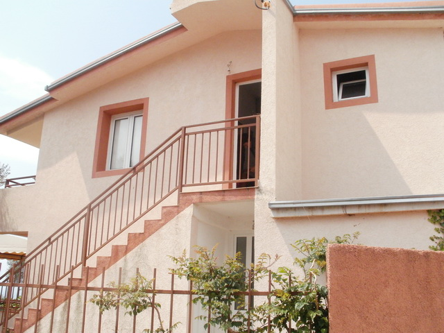 2-х этажный дом в Барской ривьере